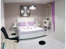 מלון צילום: Kavala Deluxe Apartment