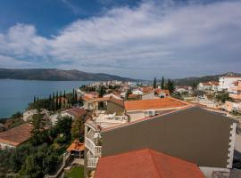 Hotel Photo: Apartments Viktorija