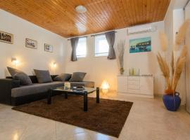 Hotel photo: Apartment Trogir 13167a