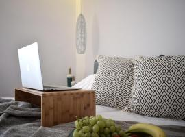 A picture of the hotel: Meltemi Boutique by Manthos Hotels