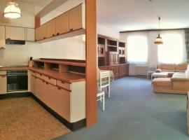 Hotel photo: 4 bedroom Apartment In the center