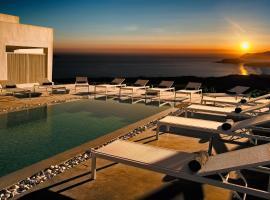 מלון צילום: May Seven Suites - Adults Only