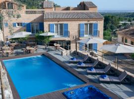 A picture of the hotel: Es Corte Vell - Adults Only