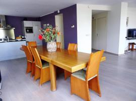 Hotel photo: Wonderful canalappartment of 125m2