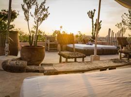 Hotel photo: Riad 144