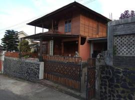 Hotel photo: Wooden House Lembang