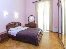 Hotel Photo: Rent Kiev Volodimirska str. 19a