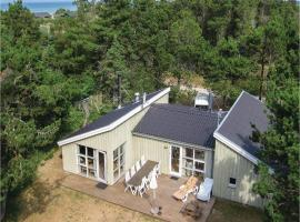 Hotel photo: Four-Bedroom Holiday Home in Hirtshals