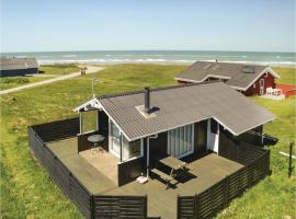 Hotel photo: Three-Bedroom Holiday Home in Hjorring