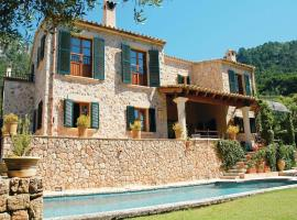 Hotel Photo: Holiday home Calle Alzines No
