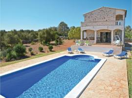 Hotel photo: Holiday home Cami de Can Llis
