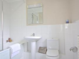 Hotel Photo: Berkshire Rooms Ltd - Gray Place