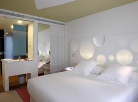 Hotel photo: Room Mate Pau