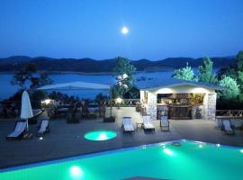 Hotel photo: Naiades Hotel Resort & Conference