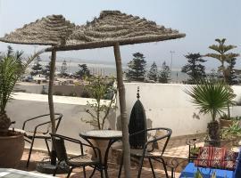 Hotel photo: Riad avec vue sur mer