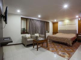 A picture of the hotel: Hotel Rodali Residency