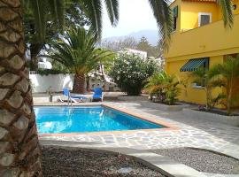 Hotel Photo: Apartamentos Villa María