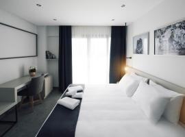 Foto di Hotel: White Luxury
