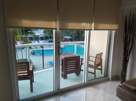 Hotel photo: Three-Bedroom Collins Apartment #202