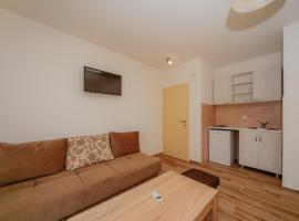 Hotel Photo: Apartments and Rooms Sole Mar