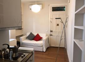 Hotel Photo: Ferrocarril Apartment