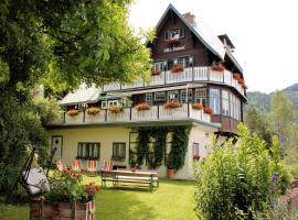 A picture of the hotel: Villa Daheim Semmering