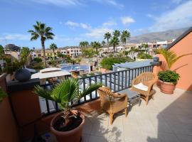 Hotel photo: Lovely Duplex Apartment La Caleta
