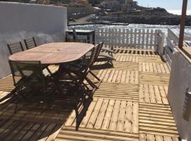 Hotel photo: Cabanon Goudes front de mer