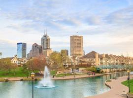 호텔 사진: Your Home in Indy + FREE Private Parking, 5min Downtown