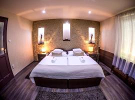 Hotel photo: Royal Apartment Kecskemét