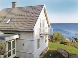 A picture of the hotel: Holiday home Vanse Østhasselstrand