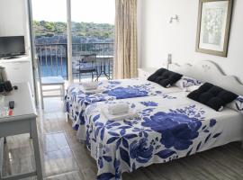 Hotel Photo: Hotel Rocamar
