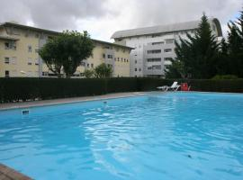 Хотел снимка: In Lisbon, cozy with pool and central
