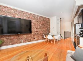 Hotel Foto: Sunny & Luxurious West Village Residence - 3 Bedrooms!