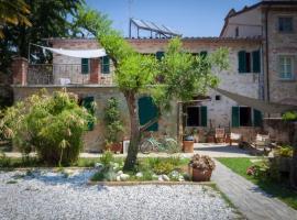 A picture of the hotel: Casa Le Franche