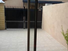 A picture of the hotel: Studio Dépendance Maison