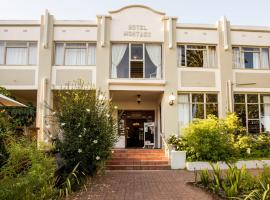 Hotel photo: Montagu Country Hotel