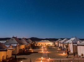 Hotel photo: Desert Luxury Camp