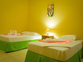 Fotos de Hotel: Hostal Fachente