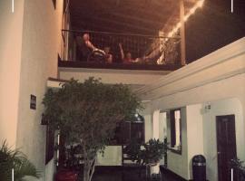 Hotel photo: Hostal Santiago de Los Caballeros