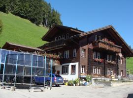Hotel photo: Chalet Sunnegg