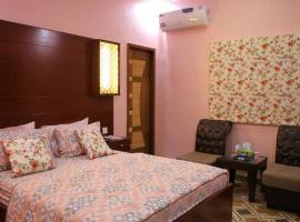 Hotel photo: Kehkashan Accommodation