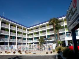 Hotel Photo: Pelican Pointe Hotel