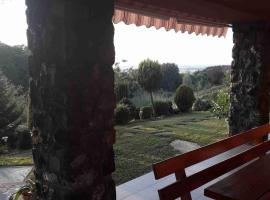 Hotel photo: Charming villa on the hill