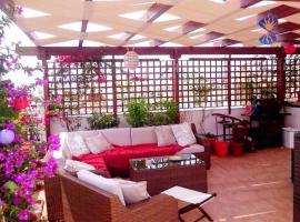 ホテル写真: Spacious Apartment near Acropolis with roof garden