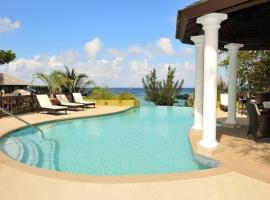 Hotel photo: Alexanders Penthouse on the beach