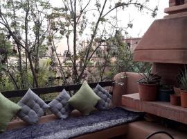 A picture of the hotel: Al quantara Tchika 1