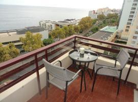Hotel photo: Lido Sea View Apartment