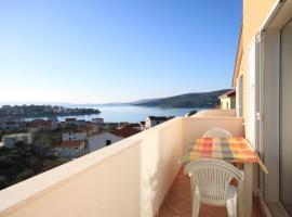 Hotel Photo: Apartment Seget Vranjica 8507c