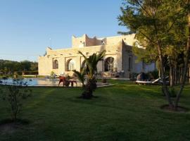 Hotel photo: VILLA FAYFAY ESSAOUIRA KM7